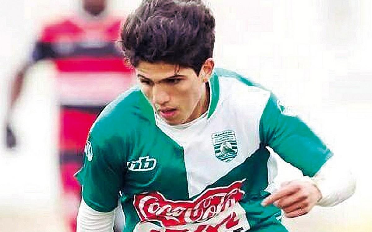 زكري.. أول لاعب يصاب بكورونا في الدوري التونسي