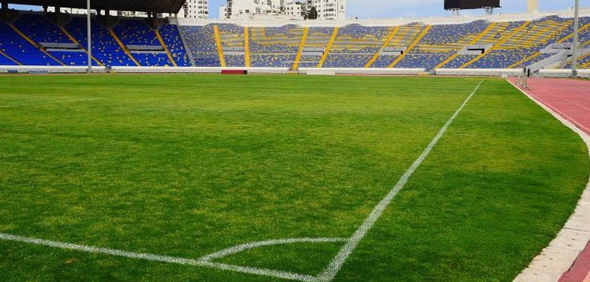 الكاف توافق على إجراء مباريات المنتخب المغربي بمركب محمد الخامس